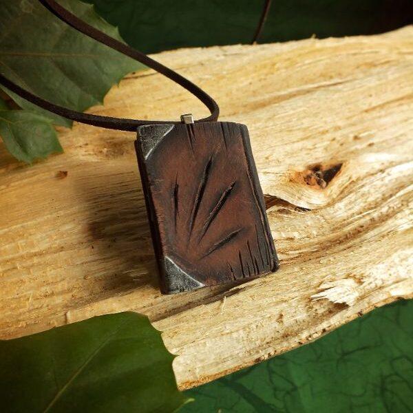 Witcher magična knjižica ogrlica V1 LUX