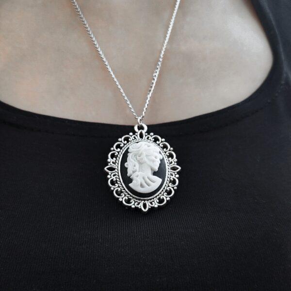 Dark Lady kameja ogrlica Gotik